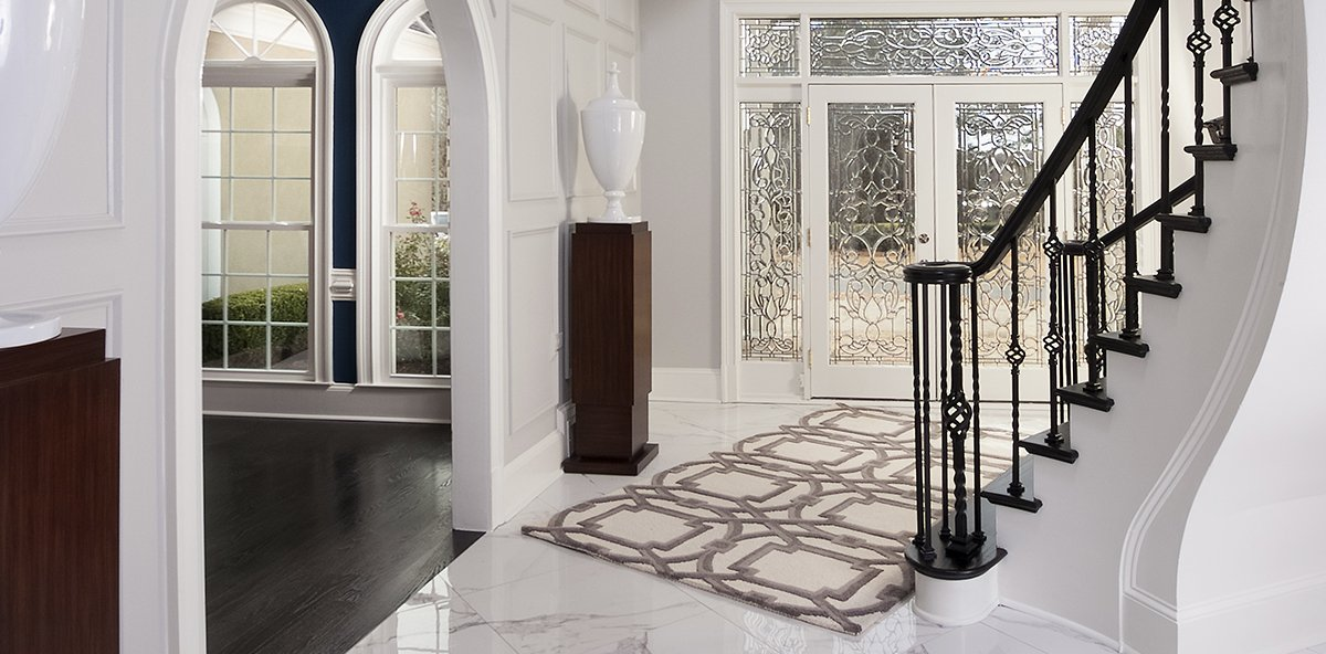 Upscale classic foyer decorating den interiors for Classic foyer design